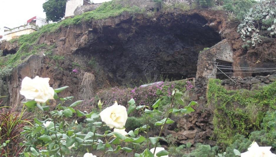 Cueva de Carías